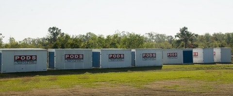 800px-FEMA_-_39346_-_FEMA_provided_storage_units_at_a_staging_area_in_Texas