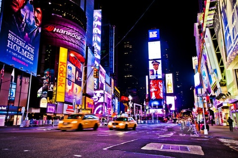 Manhattan, US, taxi, street, urban, buildings, nigth, light, 10 Countries That Spend the Most on Advertising
