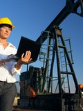 10 Highest Paying Countries for Petroleum Engineers