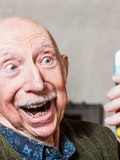 7 Easy to Use Mobile Phones for the Elderly