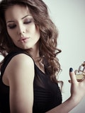 6 Most Popular Perfumes of all Time