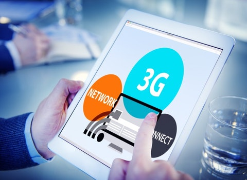 3g, business, tablet, digital, technology, of, analysing, professional, electronic, work, using, device, online, wireless, screen, businessman, website, network, browsing,