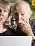5 Easiest to Use DVD and Blu-ray Players for Seniors and Elderly