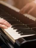 16 Easy Piano Songs That Sound Complicated
