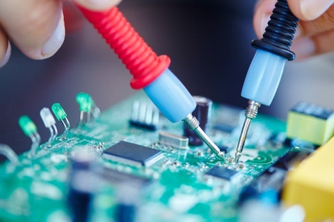 10 Highest Paying Countries for Electrical Engineers