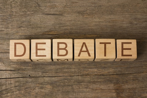 11 Best Debate Topics Related to Environment
