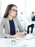 12 Easy Career Changes that Pay Well