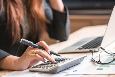 10 Easiest Finance Jobs to Get Without Experience