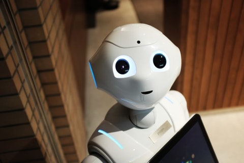 11 Best Artificial Intelligence and Robotics Stocks To Buy According To Hedge Funds